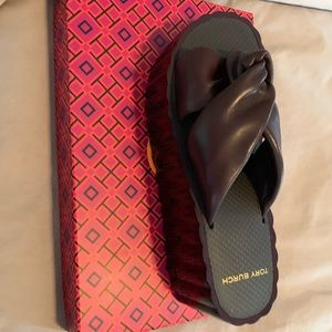 Tory Burch scallop platform sandals Malbec